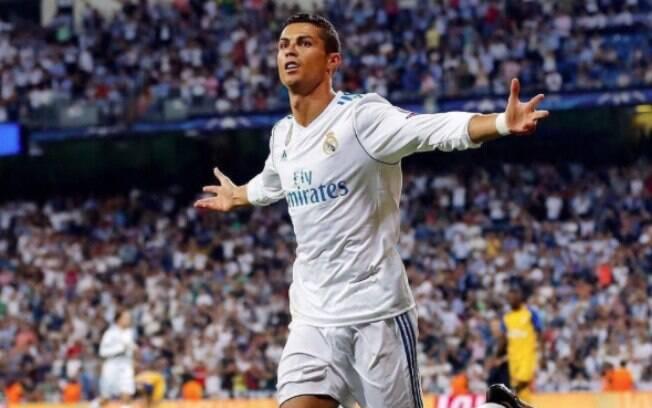 Para Zidane, negociação de renovação de contrato de Cristiano Ronaldo será somente entre o jogador e a diretoria do Real Madrid