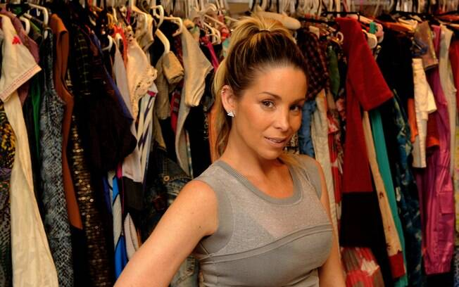 4eea9cba5a3 Danielle Winits e amigas criam brechó de roupas de grife a preços ...