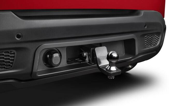Engate para Jeep Renegade que faz parte dos acessórios da Mopar e custa R$ 1.650 já incluindo o custo da instalação, mas sem a fiação elétrica