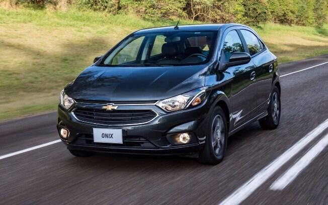 Chevrolet Onix começa 2017 na 1º colocação, com 13.900 emplacamentos, quase a soma que Ford Ka e Hyundai HB20