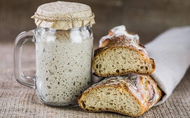 O fermento natural é utilizado para o preparo de pães com aspecto mais rústico