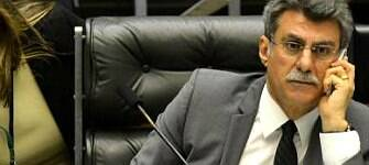 """Jucá volta ao Senado, diz que críticas a ele são """"babacas"""" e defende meta fiscal"""