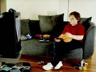 Para especialistas, pais não devem fazer piada sobre peso de seus filhos