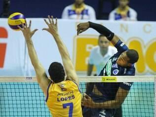 Sada Cruzeiro e UPCN fizeram um grande duelo no Mineirinho, neste sábado, que terminou com vitória dos argentinos