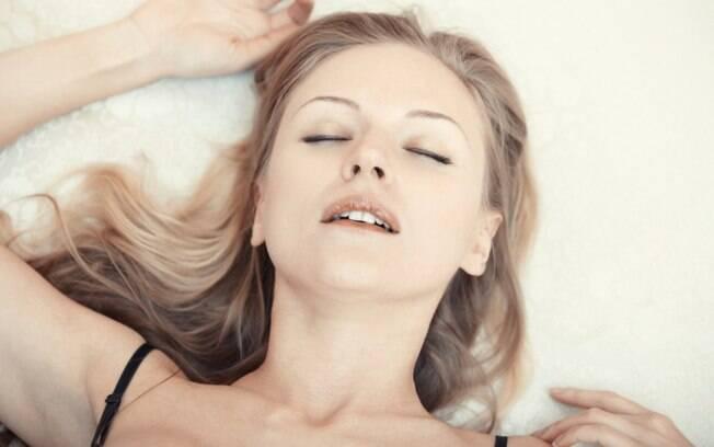 Nem todas as mulheres chegam ao orgasmo apenas com a penetração