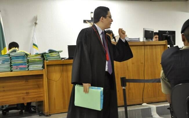 Promotor Henry Vasconcelos pergunta ao presidiário Jaílson sobre relação com Bola nesta terça (23/04)