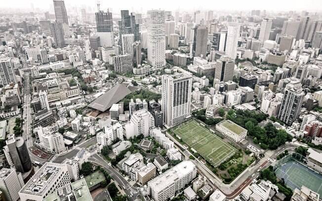 Campo de futebol em Tóquio, no Japão