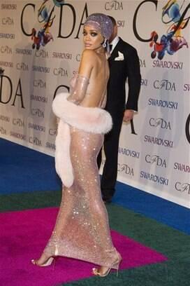Rihanna Eleita 237 Cone Fashion Regras Da Moda S 227 O Feitas
