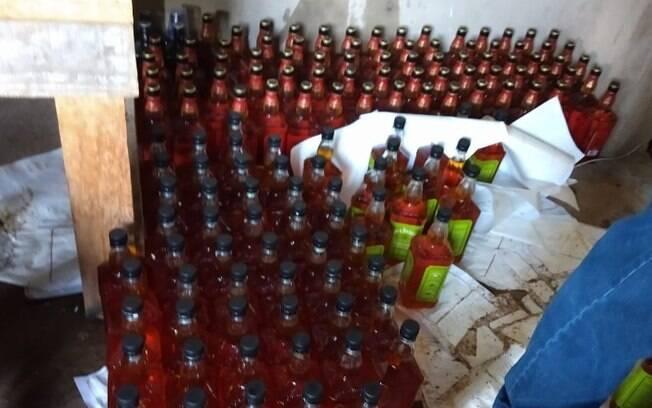 Polícia Civil fecha fábrica de whisky falsificado em Campinas