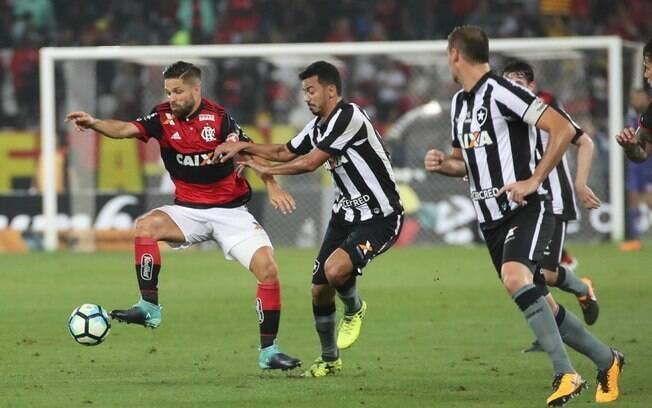 Flamengo venceu o Botafogo no Maracanã e avançou à final da Copa do Brasil