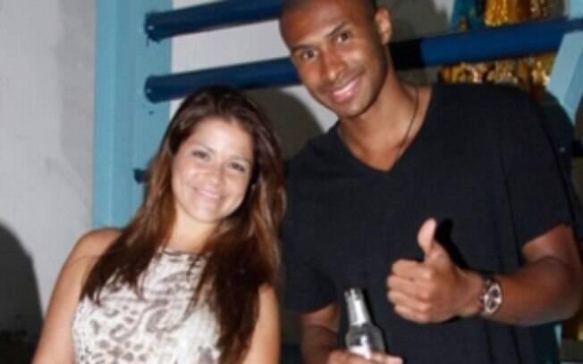 Leandrinho ao lado da esposa, a atriz Samara  Felippo