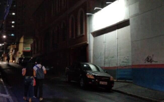Comerciantes de Campinas reclamam de falta de iluminação no Centro