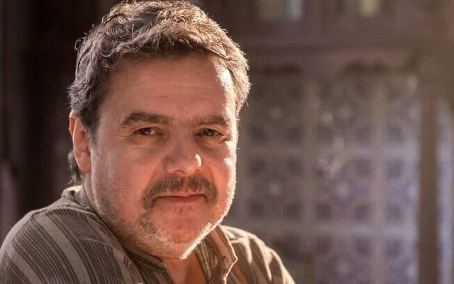 Afonso (Cássio Gabus Mendes)