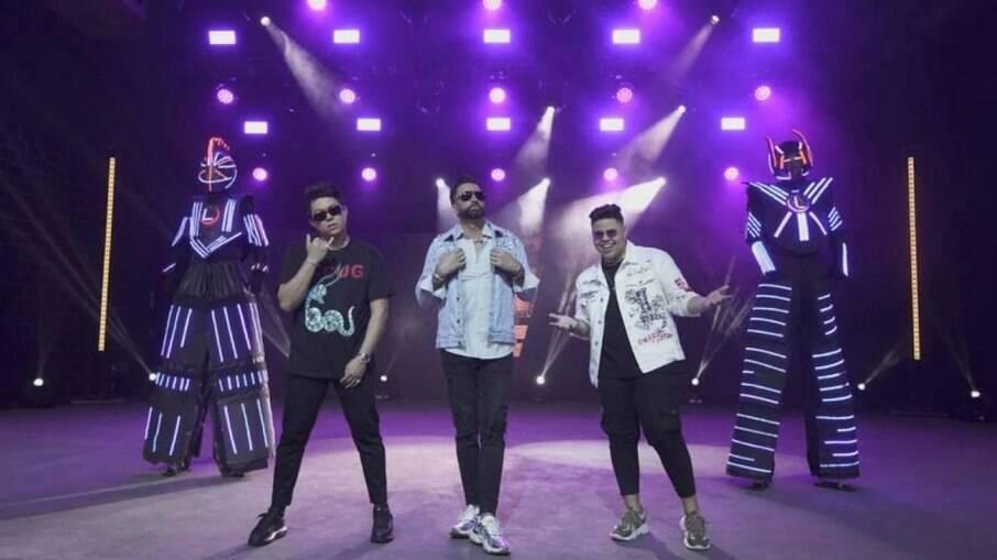 Latino grava clipe com Rogerinho e DJ Ivis