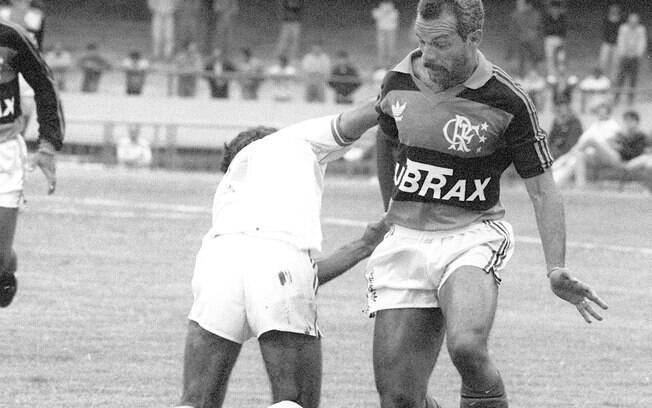 Júnior se aposentou ainda em alta na  carreira, com 39 anos, em 1993