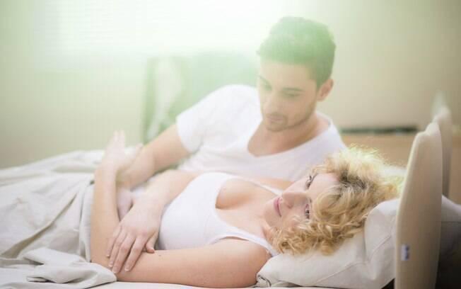 3. O desempenho sexual dele é mais mecânico do que apaixonado, e ele não se dedica a preliminares satisfatórias. Foto: Thinkstock