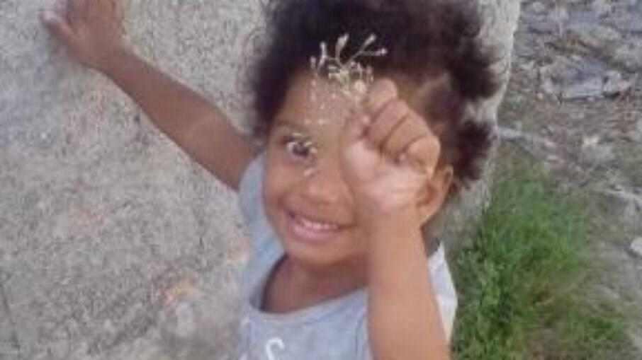 Ketelen morreu após ser violentamente agredida pela mãe e a companheira dela