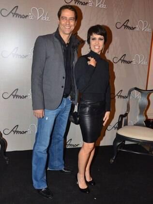 Marcello Antony ao lado da colega de elenco Bel Kutner
