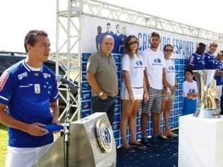 BELO HORIZONTE / MINAS GERAIS / BRASIL - (14/01/2015) Cruzeiro apresenta reforços para 2015 na Toca 1 em BH. © Washington Alves / Cruzeiro / Light Press