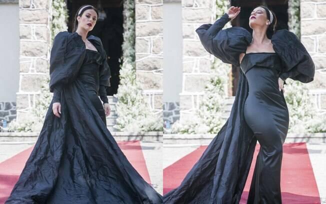 Vivi Guedes com vestido preto