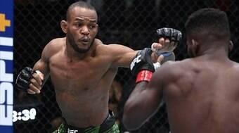 Carlston Harris vence americano e soma sua segunda vitória no UFC