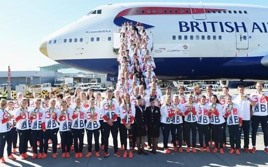 Festa marca recepção da equipe britânica após Rio 2016 - Olimpíadas - iG