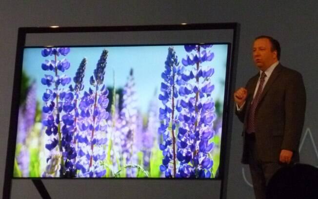 Com design exótico, nova TV Ultra HD da Samsung é um dos destaques da CES 2013