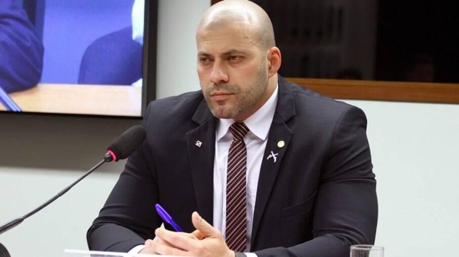 Deputado federal Daniel Silveira (PSL-RJ) foi preso em flagrante após publicar vídeo com ofensas e ministros do STF e sugerir novo AI-5
