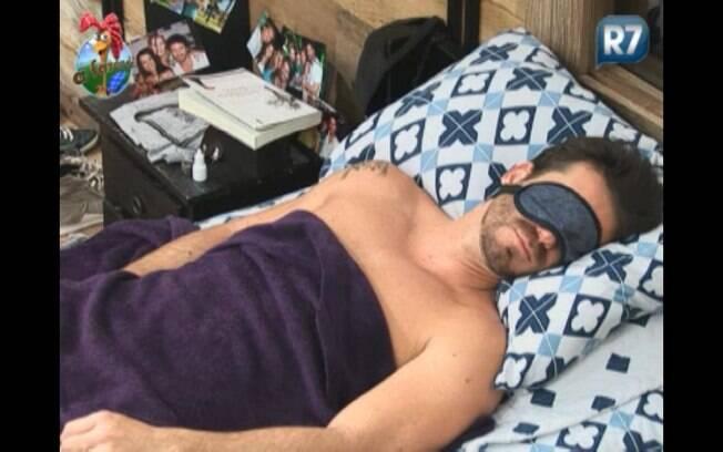 Marlon tira uma soneca na deste sábado (10)