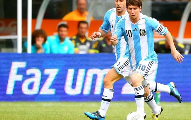 Partida teve show de Messi, que marcou três  vezes para a Argentina