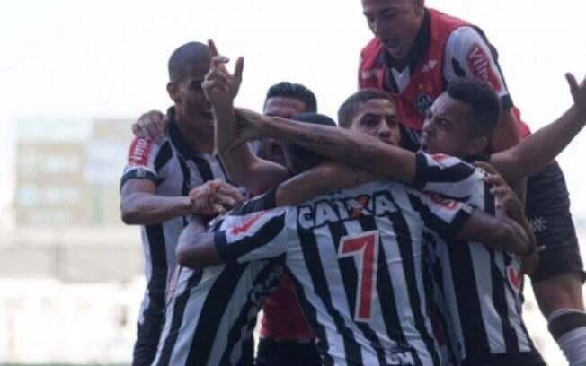 Jogadores do Atlético-MG comemoram o título do Campeonato Mineiro de 2017
