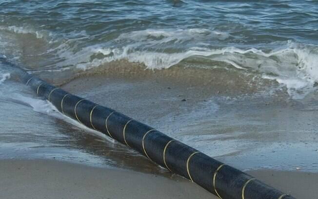 Cabo submarino de 2.500 quilômetros que vai ligar Brasil à Argentina será bancado pelo Facebook