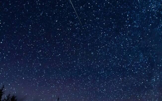 Chuva de meteoros Perseidas costuma acontecer sempre nessa época do ano