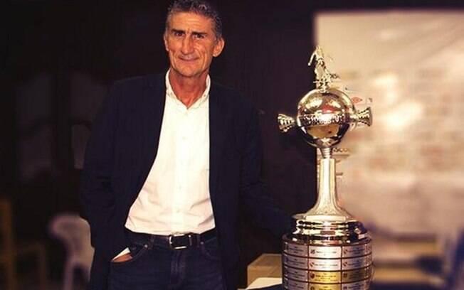 Edgardo Bauza é o novo técnico do São Paulo