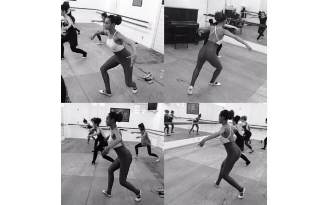 Taís Araújo na aula de balé fitness
