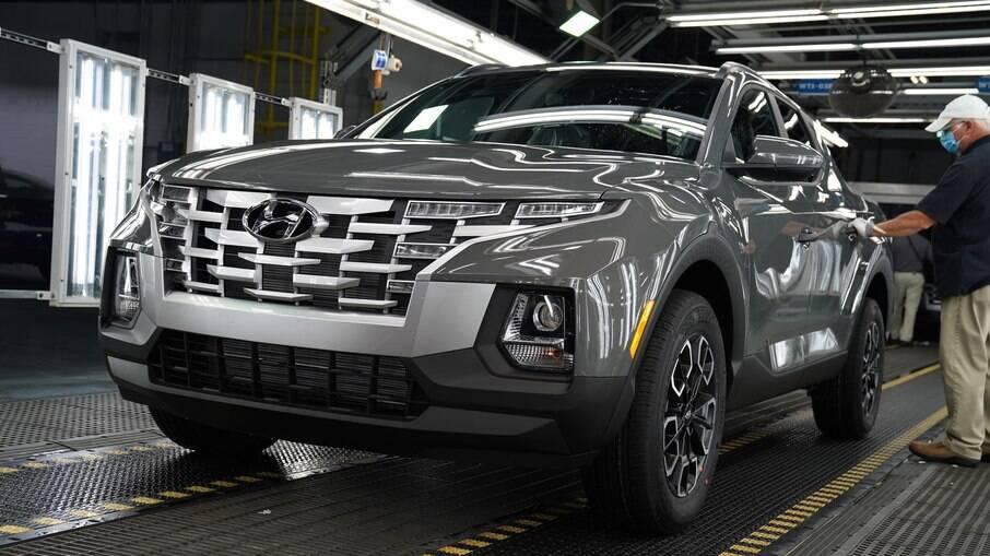 Hyundai Santa Cruz saindo da linha de montagem da marca na unidade de produção em Montgomery, nos EUA