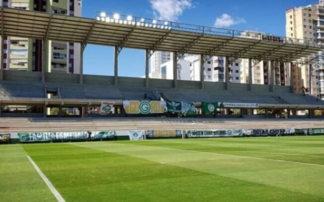 Goiás tem 10 jogadores com testes positivos para Covid