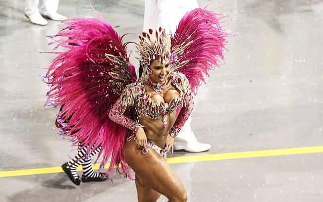 Gracyanne Barbosa, rainha de bateria da X-9 Paulistana. Foto: Claudio Augusto