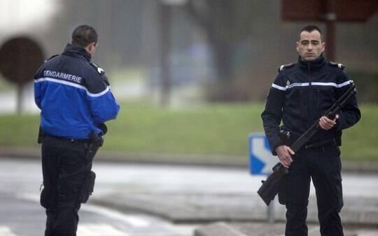 Morreremos como mártires, teriam dito suspeitos por telefone à polícia da França - Mundo - iG