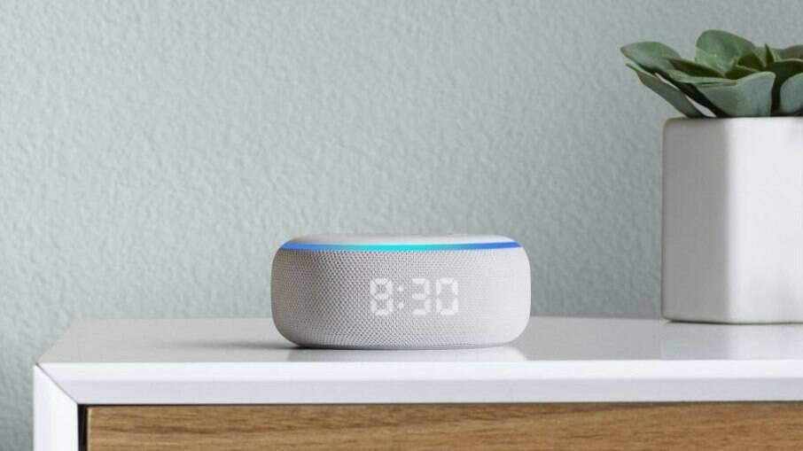 Echo Dot tem relógio em LED