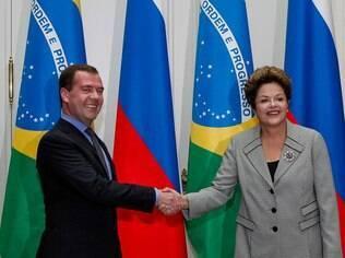 Na Rússia, Dilma espera superar impasse sobre carne brasileira