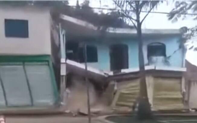 Casa desabando
