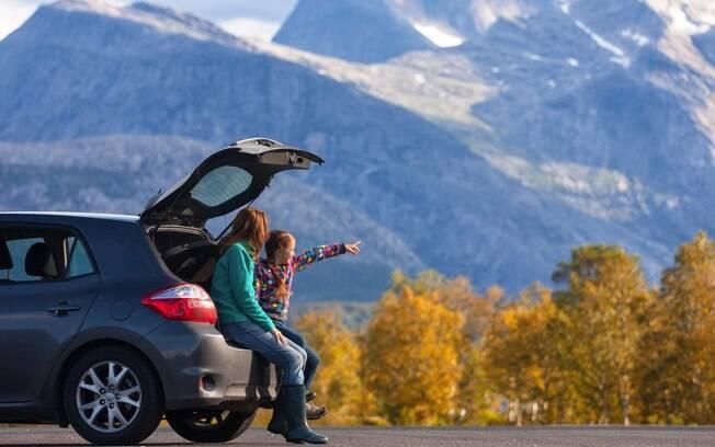 Viajar de carro é ótimo para passar o tempo com a família. E com essas dicas, você nunca mais vai ter problemas
