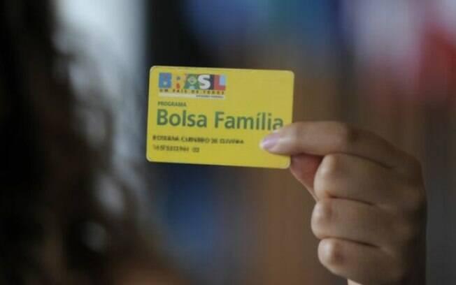 Michel Temer anuncia nesta quarta-feira reajuste do Bolsa Família, prometido por Dilma Rousseff