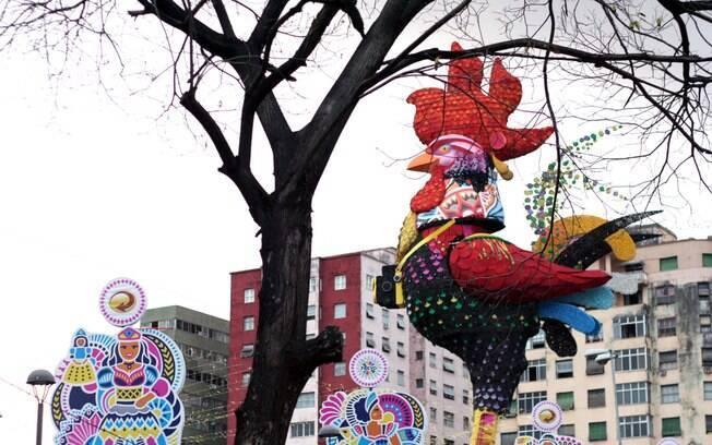 Galo da Madrugada é considerado o maior bloco de carnaval do mundo