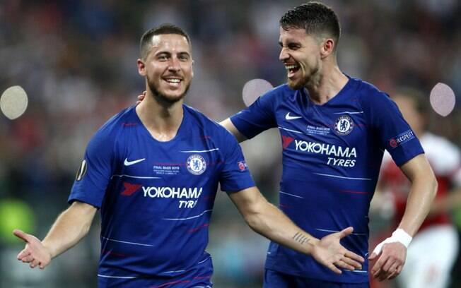 Hazard marcou duas vezes na vitória do Chelsea contra o Arsenal, na decisão da Liga Europa