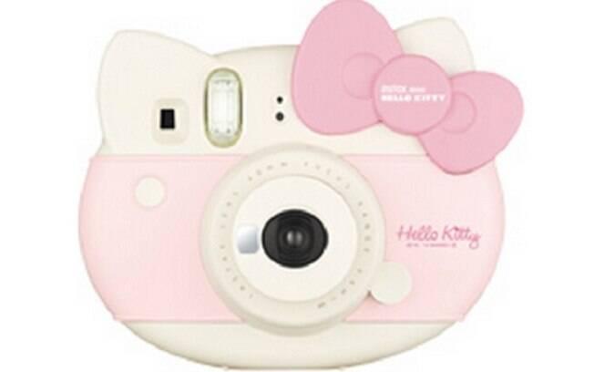 A instax mini Hello Kitty é um modelo exclusivo da Fujifilm em homenagem aos 40 anos da personagem