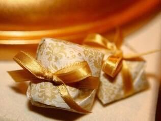 Bem-casados devem resistir ao calor nas festas diurnas. De Suzana Pimenta Doces