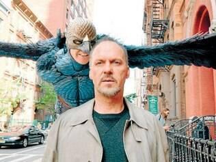 "Michael Keaton protagoniza ""Birdman"", um dos favoritos ao Oscar"