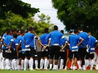Jogadores do Peixe se preparam para clássico diante do Palmeiras